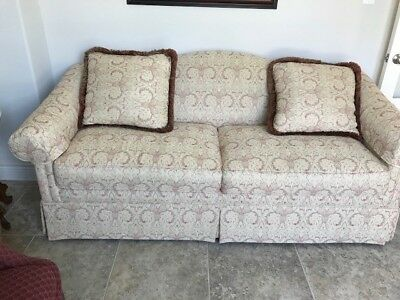 Drexel Heritage Formal Living Room Sofa With Two Throw Pillows. Two Cushions.