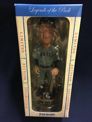 Lou Gehrig New York Yankee Cooperstown Collection Legends Of The Park Bobblehead
