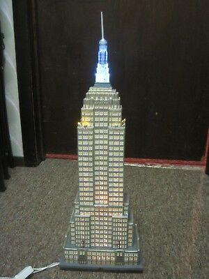 Dept 56 Christmas In The City Empire State Building Mint Condition #59207