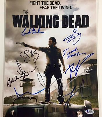 The Walking Dead X10 Cast Signed 11x14 Photo * Beckett Bas Coa ~lincoln