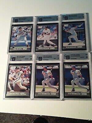 1991 Fleer  Ultra Update  Mike Mussina U4  Gai 9 Mint Rookie Yankee Hall  Famer