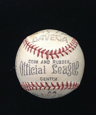 Vintage ~ 1957 New York Yankee Partial Team Autographed Baseball 12 Signatures