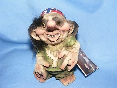 Ny Form Nyform Troll With Flag Cap Norway Collectable Norwegian T039