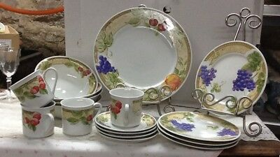 Vintage Gibson Everyday Housewares China! Place Setting 4 / 20 Pc.