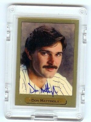 Ny Yankee Great Don Mattingly Autographed Limited Edition Gold Card # 23