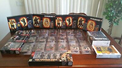 Skybound Mega Box!the Walking Dead Action Figures Lot W/signed Negan Books!