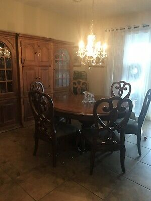 Thomasville Cassara Table W/chairs And Pad
