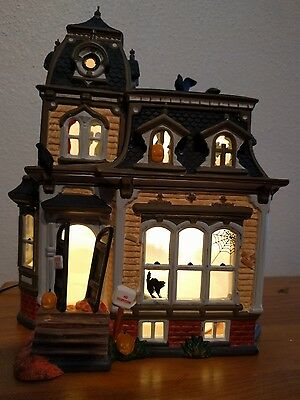 Dept 56 Original Halloween Black Roof Haunted Mansion New In Mint Condition34050