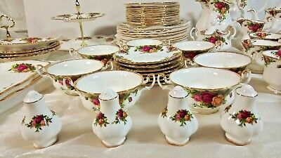 118 Pc Set Royal Albert Old Country Roses Bone China - Pre-owned