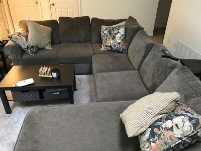 3-piece Fabric Sectional Couch With 6 Throw Pillows