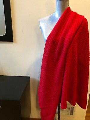 New Tahari Red 100% Cashmere Shawl Wrap Travel Blanket Throw With Box