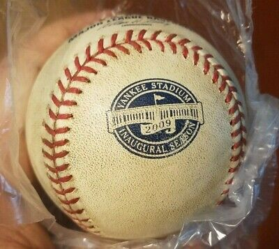 *1st Ever Red Sox-yankees Game Held At New Yankee Stadium* ~ 2009 Game Used Ball