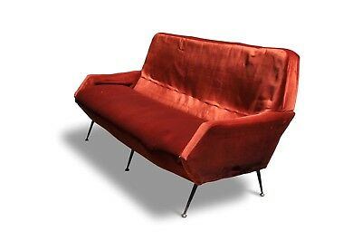 Mid Century Modern Italian Sofa Between Gio Ponti And Zanuso Style 1950s