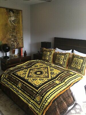Costom Made Versace Throw Plus 3 Pillows Carre Collection Print Black Gold