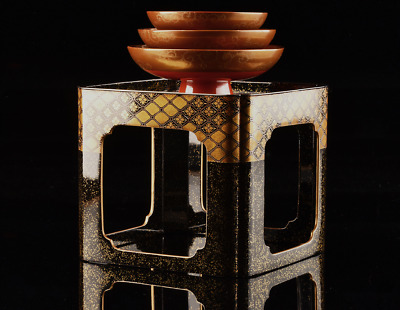 antique japanese lacquer makie three sake cups and stand meiji period