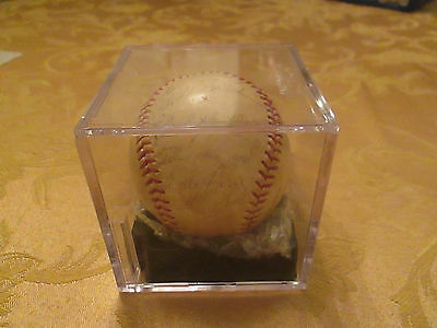 1962 New York Yankee World Series  Signed Baseball, Psa/dna Authenticated!