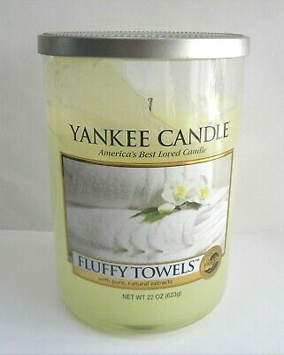 Yankee Candle Fluffy Towels Jar Candle ~ Fresh Fragrance Collection ~ 22 Oz Used