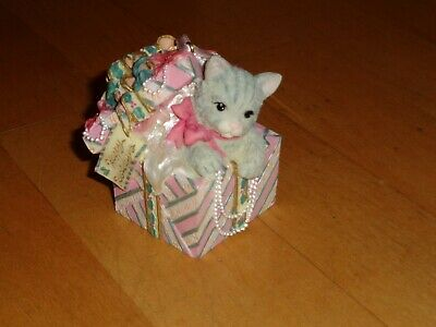 Kitty Cat Coming Out Of Present Christmas Tree Ornament Music Box San Francisco
