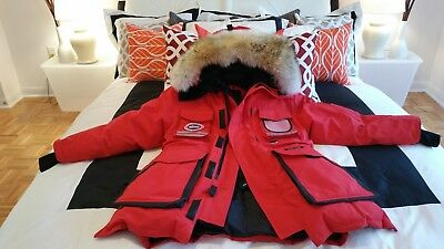 "Brand New ""red Label"" ""red"" Canada Goose Snow Mantra Xs Fits Medium Parka Jacket"