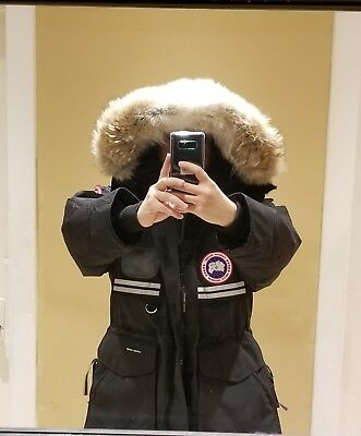 "Brand New ""red Label"" Edition Black Canada Goose Snow Mantra Large Parka Jacket"