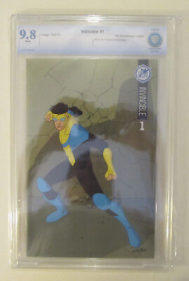 Invincible #1 Cbcs 9.8 Nm/mt Sdcc Skybound 5th Anniversary Like Cgc Color