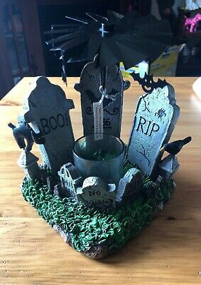 Yankee Candle Halloween Moving Cemetary Votive Candle Holder Black Cat Rare New