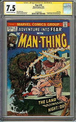 Fear #19 Cgc 7.5 Vf- Signed Stan Lee Man-thing 1st App Of Howard The Duck Marvel