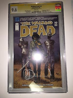 The Walking Dead #19 Cgc 9.6 Signed Charlie Adlard 1st Michonne Signature Series