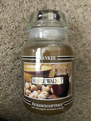 Yankee Candle Black Band 22 Oz Maple Walnut Housewarmer Jar Candle ~