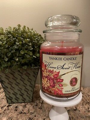 Yankee Candle Home Sweet Home 2011 Collector Edition  22 Oz Jar Rare