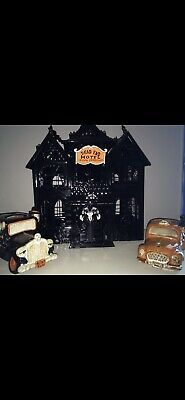 New Boney Bunch Dead End Hotel 2014 Yankee Candle Halloween