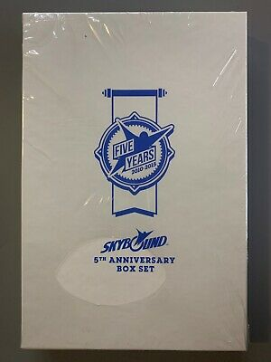 Sdcc 2015 Skybound 5th Anniversary Box Set Unopened & Sealed 10 Books