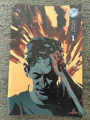 Outcast 1 Skybound 5th Anniversary Sdcc Box Set Exclusive