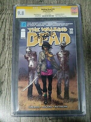 The Walking Dead # 19 Cgc 9.8 Signed By Tony Moore 1st App Of Michonne