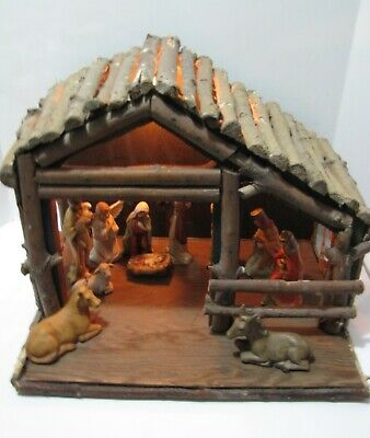 Vintage Nativity Scene 11 Piece With Lighted Wood Display