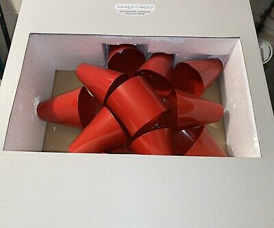 """Extremely Rare Yankee Candle 16"""" Jumbo Metal Red Christmas Bow Wreath"""