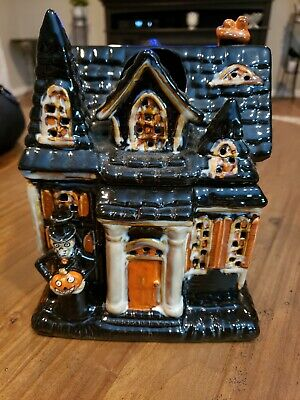 Boney Bunch 2010 Haunted Mansion House Yankee Candle Ceramic Holder Retired
