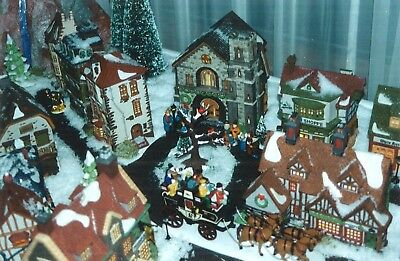 Dept 56 Dickens Village Buildings And Accessories - Collection