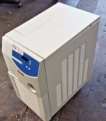 Thermo-electron-m25-neslab-merlin-series-recirculating-chiller-cooler  Thermo-