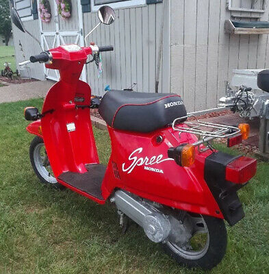 1985 Honda Spree Like New! Shriners Owned For Parades 428 Miles Red Motorcycle