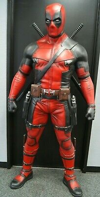 Deadpool Life Size Statue Dead Pool Lifesize
