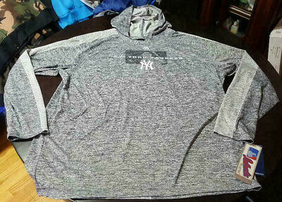 New York Yankee Majestic Authentic Collection Ultra-light Hooded Long Sleeve