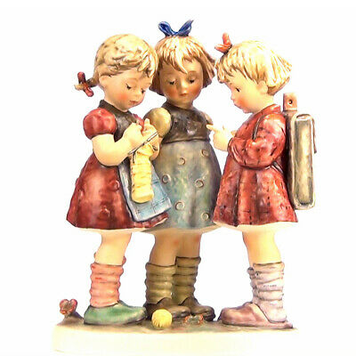 Hummel #155854 School Girls Brand New In Box Knitting Three Kids Retired Large