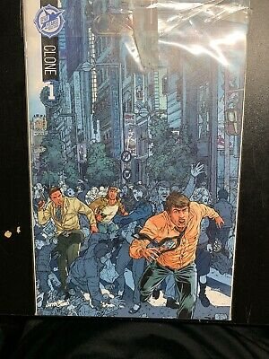 Clone 1 Skybound 5th Anniversary Sdcc Box Set Exclusive Nm!!