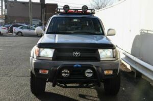 2002 Toyota 4Runner SR5 2002 TOYOTA 4RUNNER, SILVER with 132499 Miles available now!300