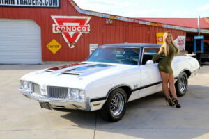 1970 Oldsmobile Cutlass  1970 Olds Cutlass 442 455 Engine Power Steering Power Disc Brakes Real 442300