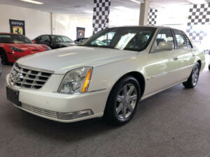 2006 Cadillac DeVille Base Sedan 4-Door low mile dts free shipping warranty 2 owner clean carfax luxury finance cheap300