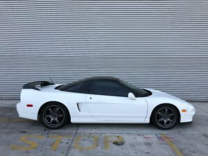 1993 Acura NSX  1993 Acura NSX - Grand Prix white on Black300