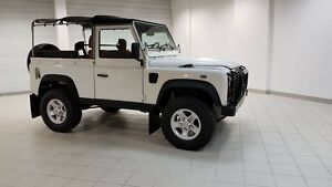 Land Rover: Defender 90 1999 Land Rover Defender 90 TD5 Diesel Soft Top300