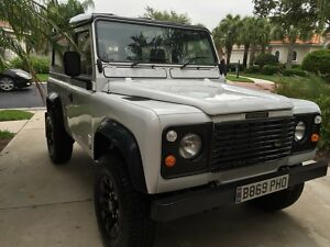 1984 Land Rover Defender 2 Door 1984 **Restored** Land Rover Defender 90300